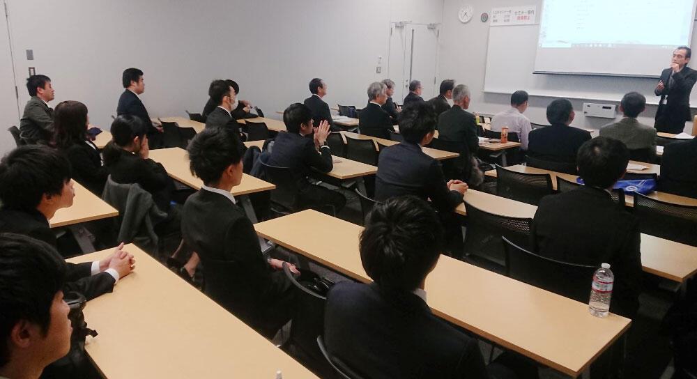 浜野会長がTDUアイデアコンテストに審査員として参加.jpg