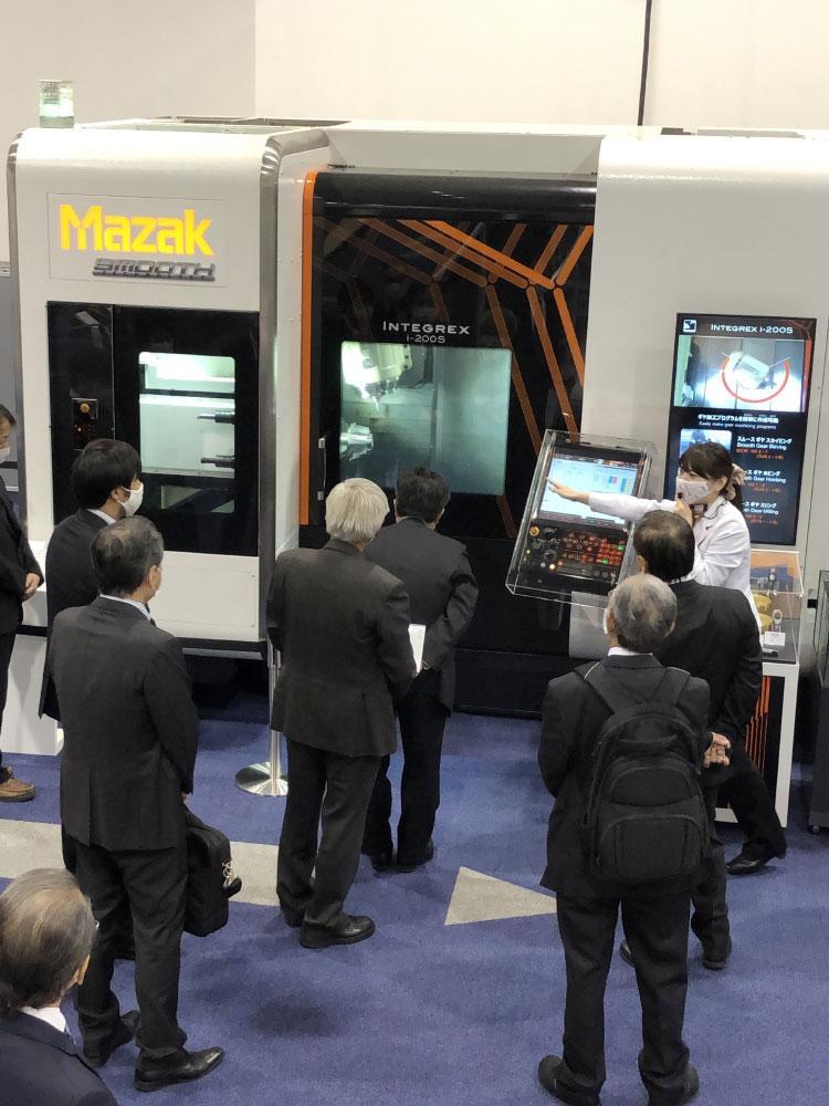 ヤマザキマザック工作機械博物館を見学した。.jpg
