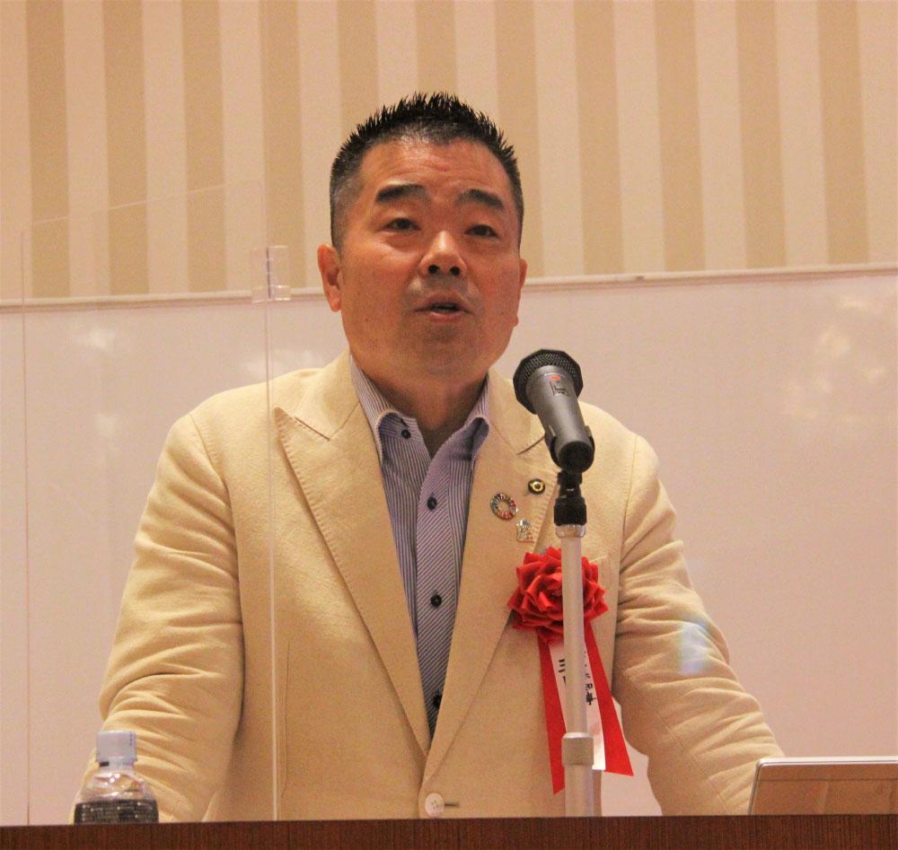 産業人クラブだより-記念講演する三日月大造滋賀県知事.jpg
