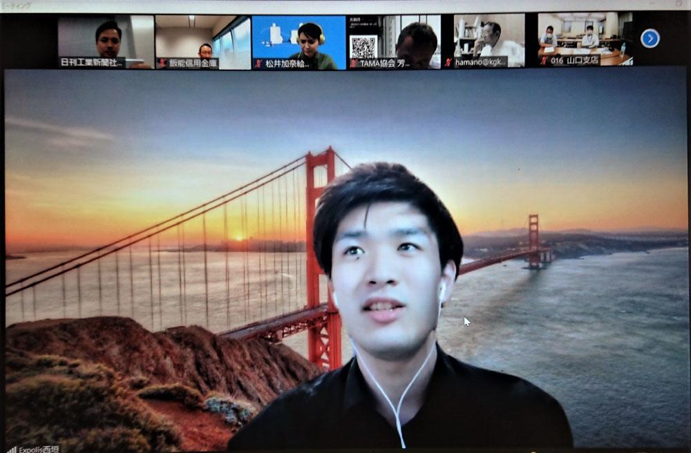 オンライン上で自らの起業経験を披露する院生の西垣社長兼CEO.jpg